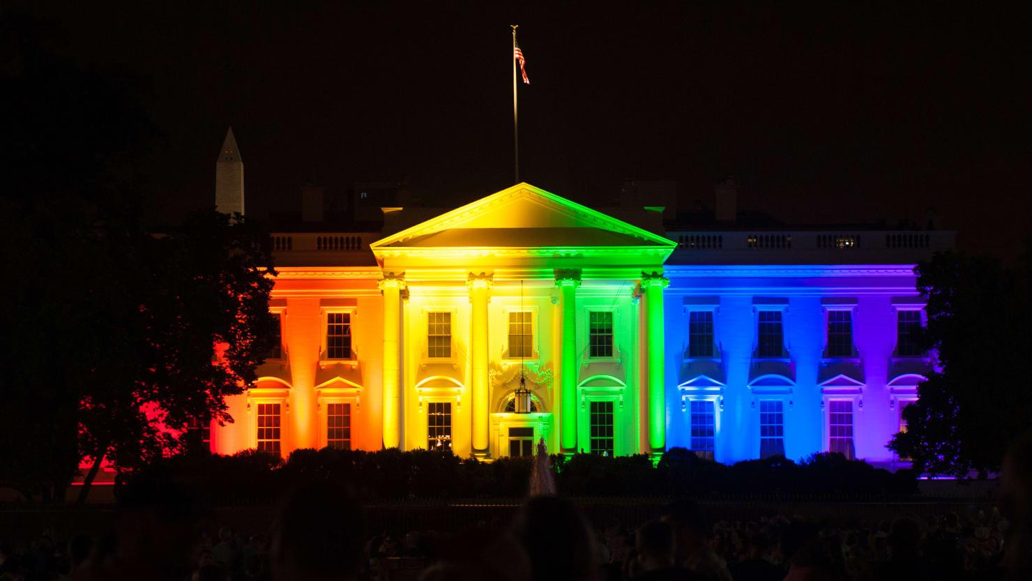 Защо дъгата е символ на ЛГБТ движението?