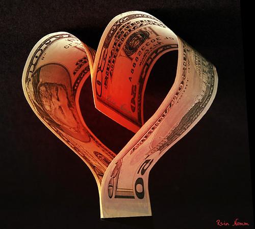 """Защо любовта към парите е """"корен на всяко/всякакво зло""""?"""