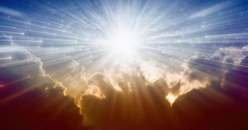 Любовта и силата на Бог - двояката основа на нашата вяра